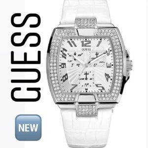 GUESS U12519L2 Dress White Leather Strap Watch